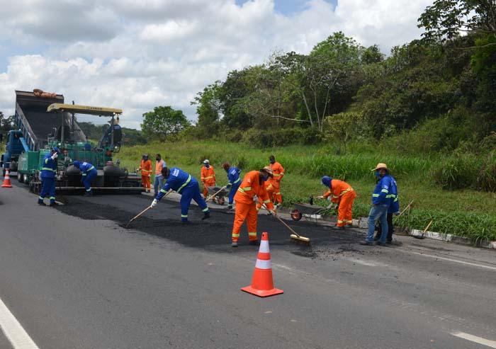VIABAHIA prossegue com obras de recuperação do pavimento neste mês de outubro
